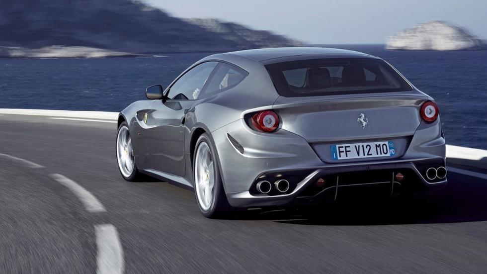 coches recomendables feos Ferrari FF trasera