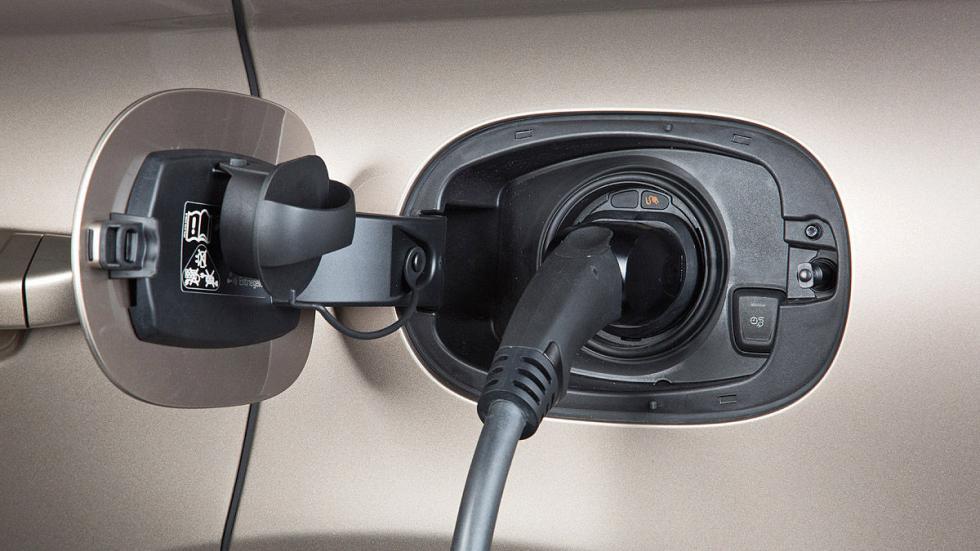 Porsche Cayenne Plug-in Hybrid enchufe