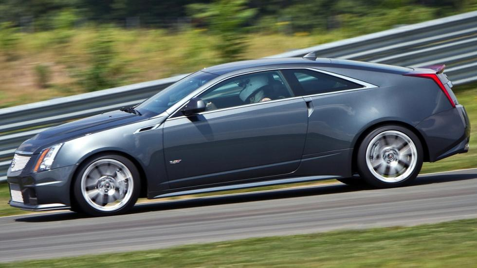 Cinco mejores muscle cars Cadillac CTS-V Coupe lateral