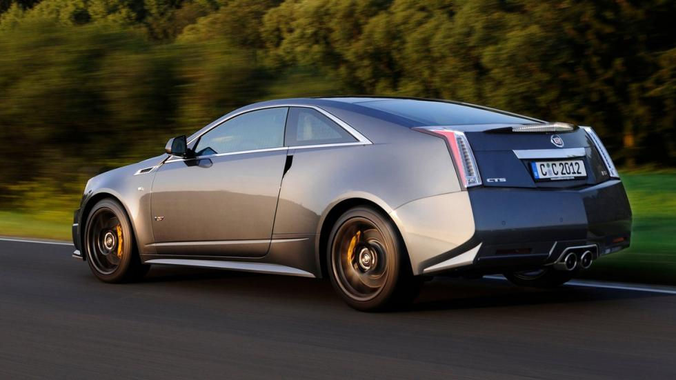 Cinco mejores muscle cars Cadillac CTS-V Coupe trasera