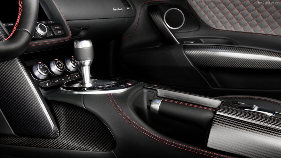Audi R8 Competition interior