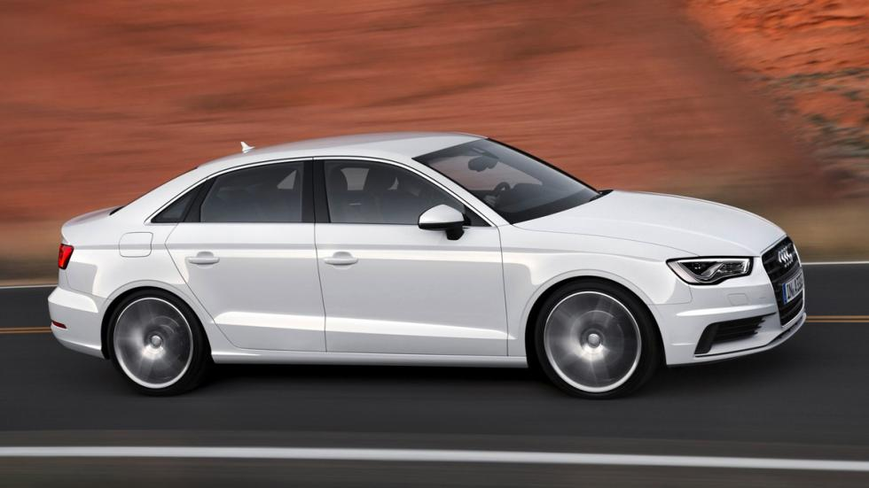 cinco coches alemanes no fabrican Alemania Audi A3 Sedan lateral