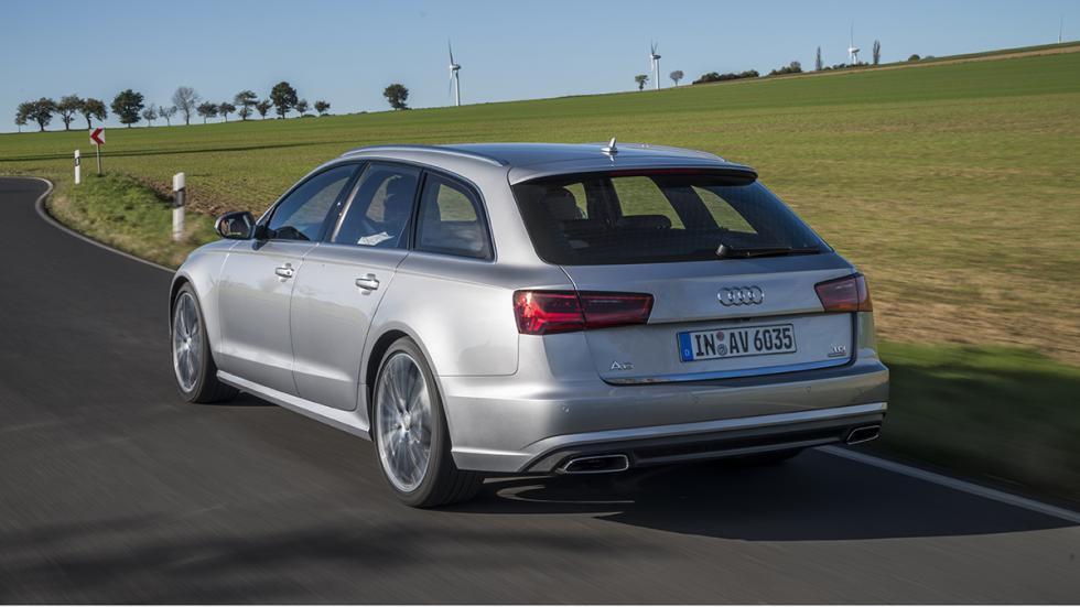 Audi A6 Avant 2015 trasera
