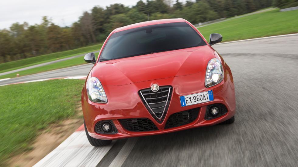 Alfa Romeo Giulietta Sprint frontal