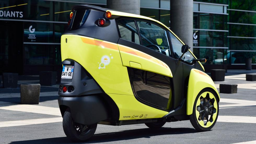 Toyota i-Road lateral trasera