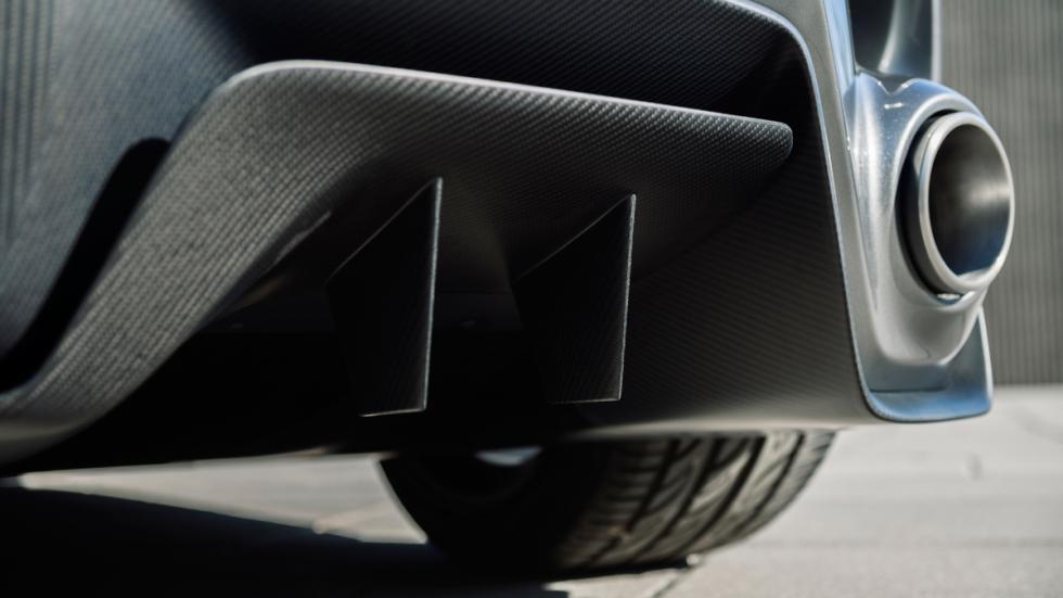 Toyota FT-1 concept detalle escape