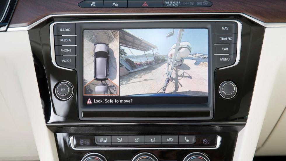 nuevo volkswagen passat variant 2014 trailer assist