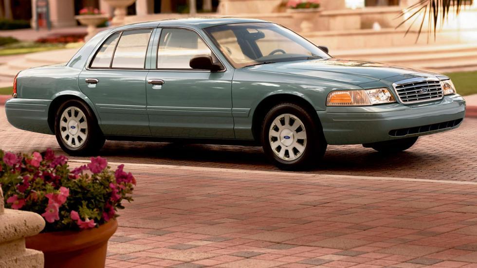 Ford Crown Victoria versión civil