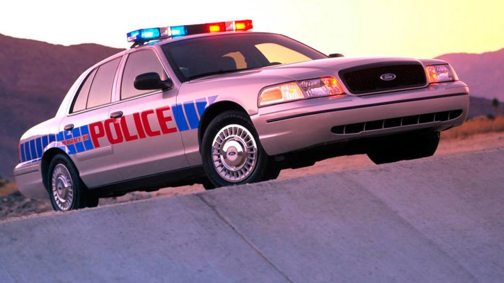 Ford Crown Victoria de Policía