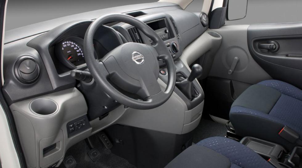 Nissan NV200 interior