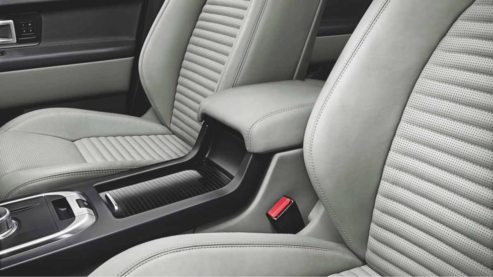 Land Rover Discovery Sport huecos