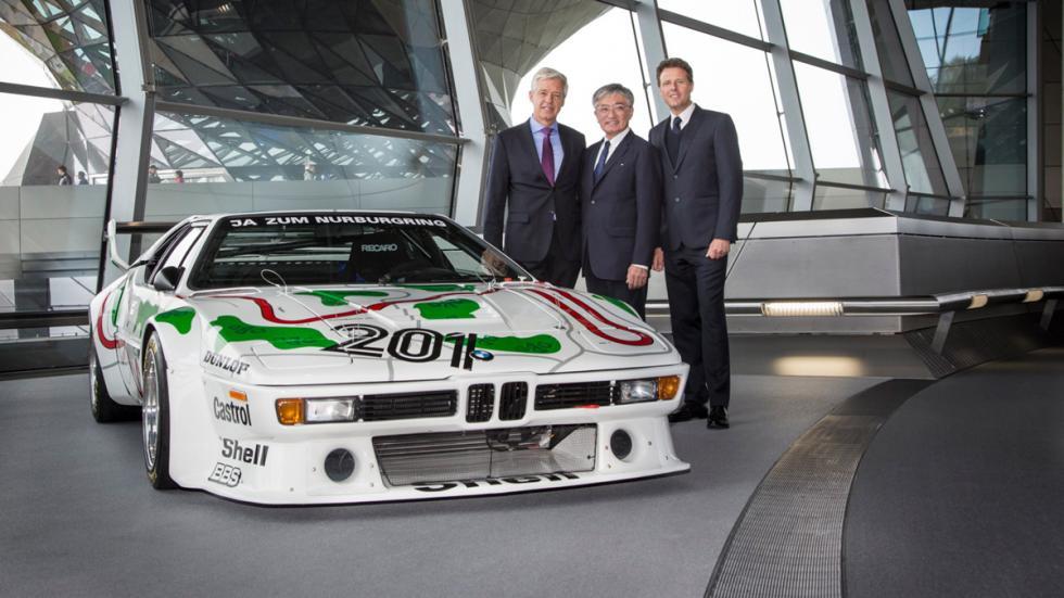 BMW M1 Procar - Masakuni Hosobuchi y directivos