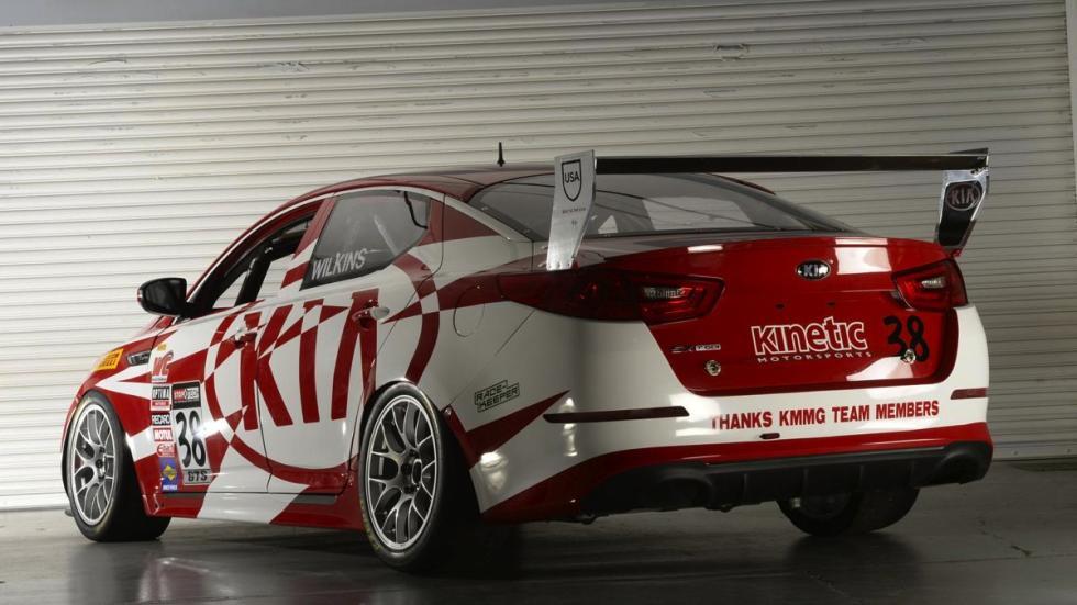 Kia K900 High-Performance trasera