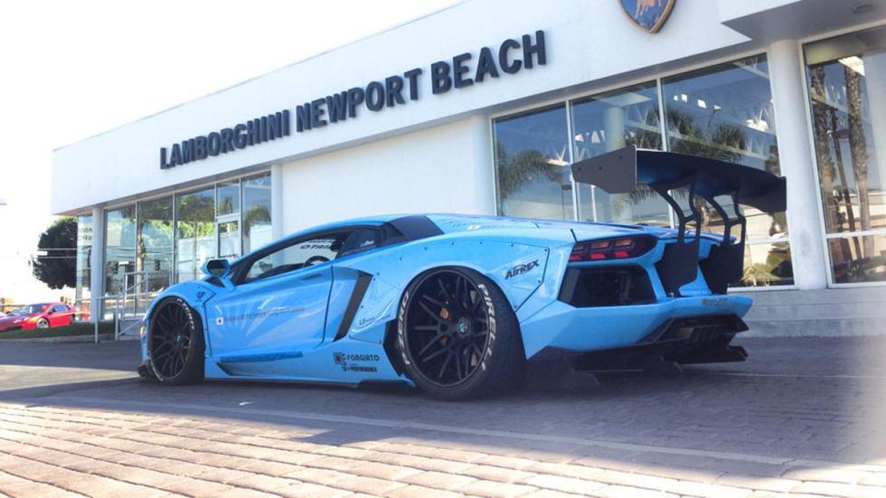 coches bestias sema 2014 Lamborghini Aventador Liberty Walk trasera