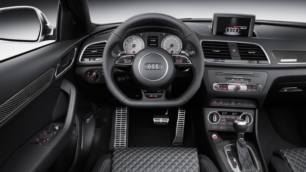 Audi RS Q3 2015 interior