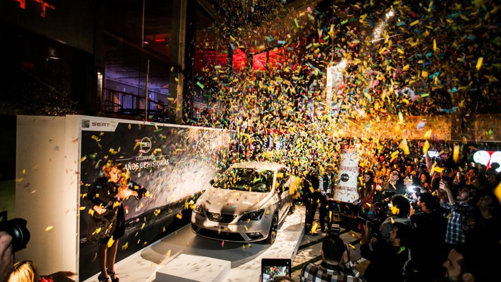 Fiesta de celebración del aniversario del  Seat Ibiza 8