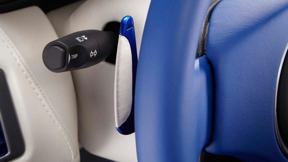 Aston Martin DB9 Volante Morning Frost - leva de cambio