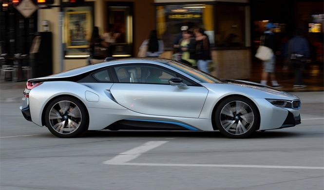 ¿Es el BMW i8 un coche adecuado para la ciudad?