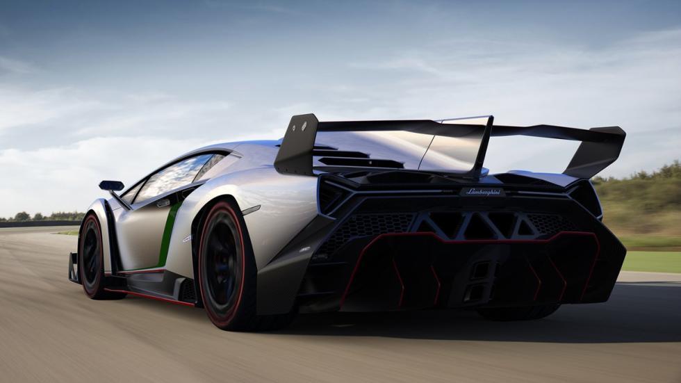 Cinco Lamborghini extremos Lamborghini Veneno trasera