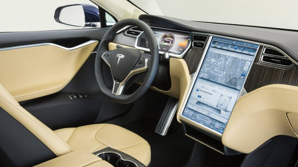 Cinco coches eléctricos extremos Tesla Model S P85D interior