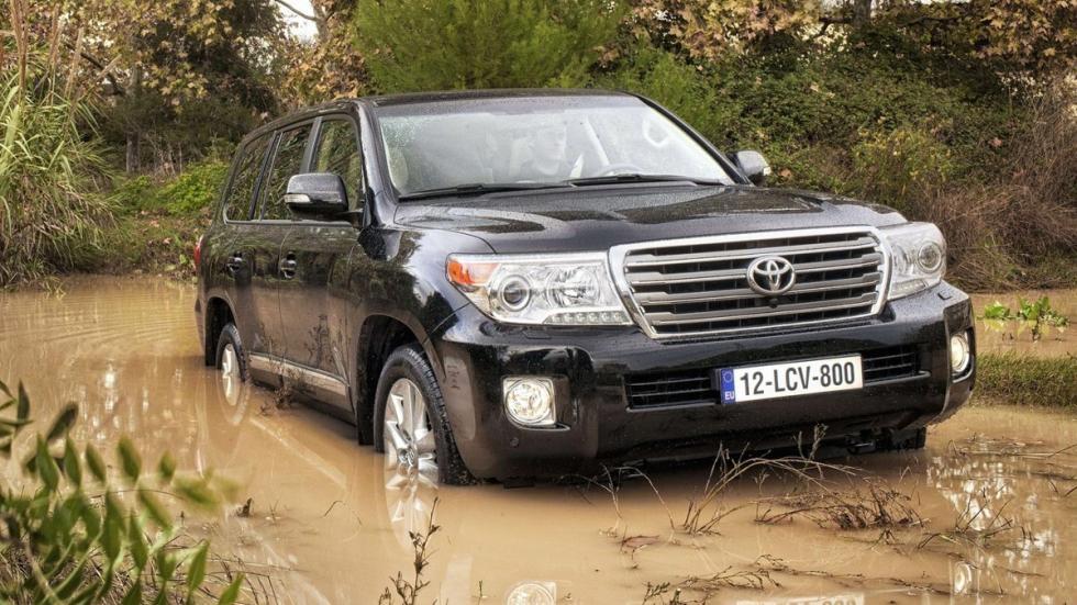 Suv más lujosos Toyota Land Cruiser 200