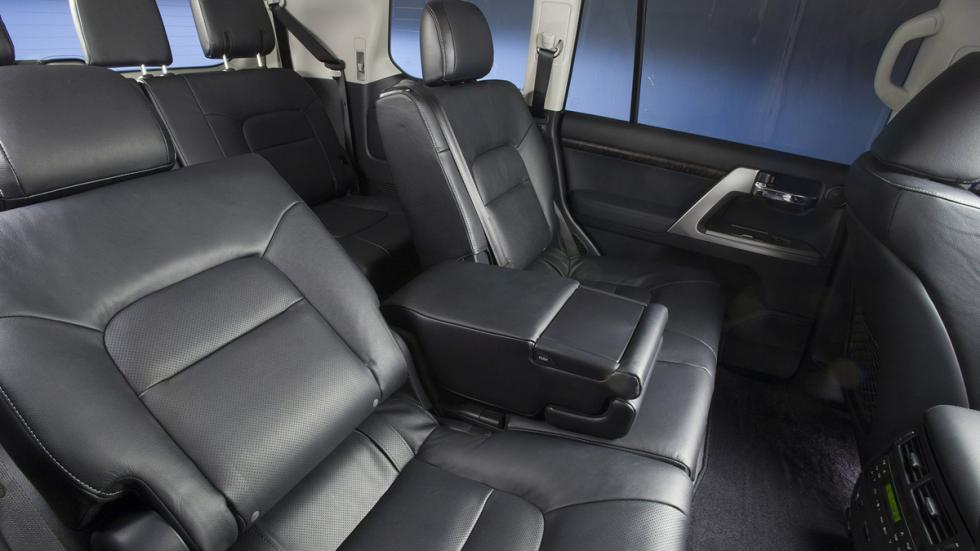 Suv más lujosos Toyota Land Cruiser 200 interior