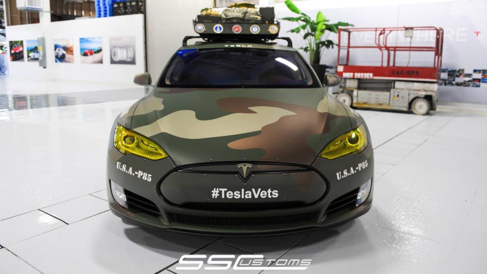 Tesla Model S camuflaje - delantera