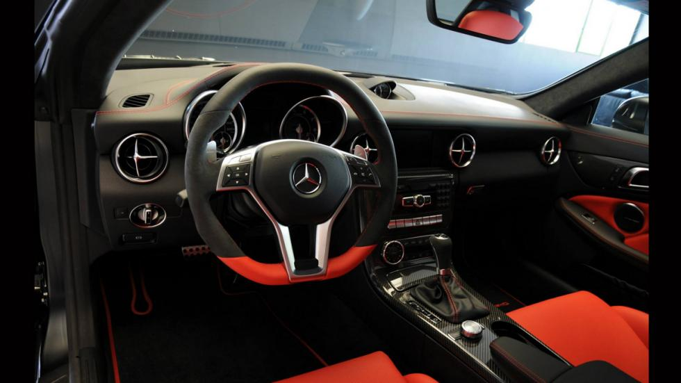 Mercedes SLK 55 AMG Performance Studio - volante