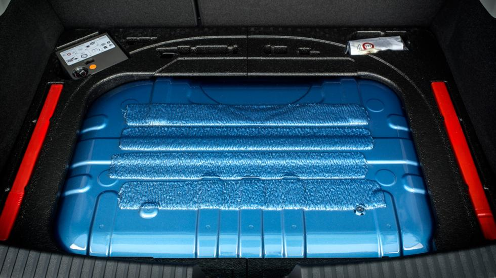 Seat León TGI deposito