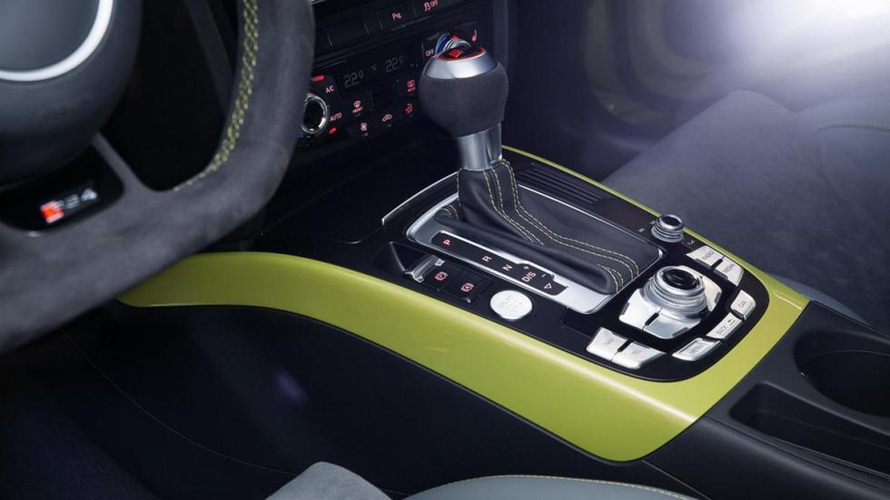 Audi RS4 exclusive inserciones