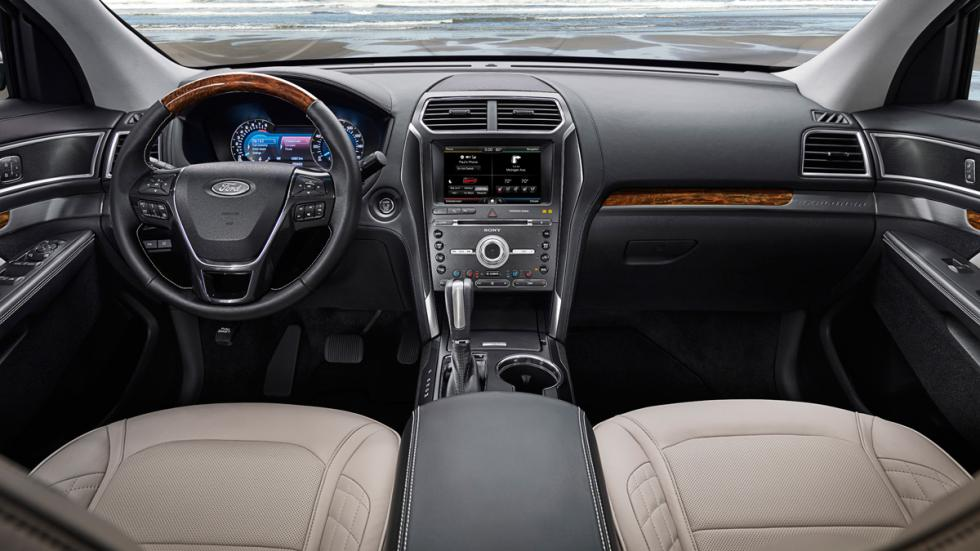 Ford Explorer 2015 interior