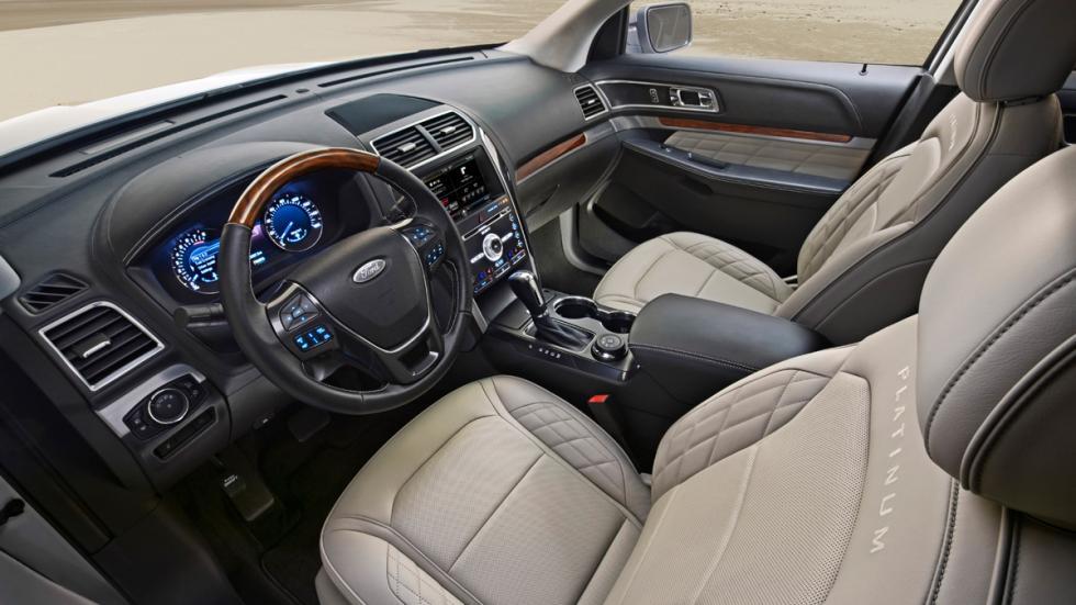 Ford Explorer 2015 platinum