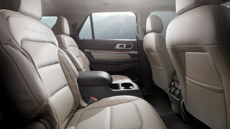Ford Explorer 2015 plazas traseras