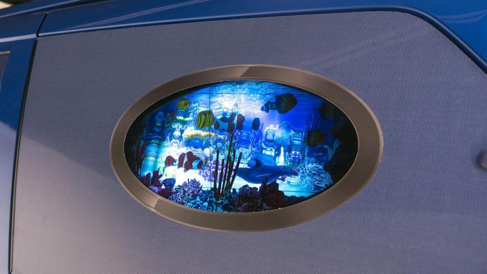 Toyota Sienna Bob Esponja detalle