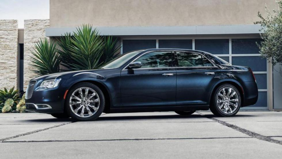 Chrysler 300 2015 lateral
