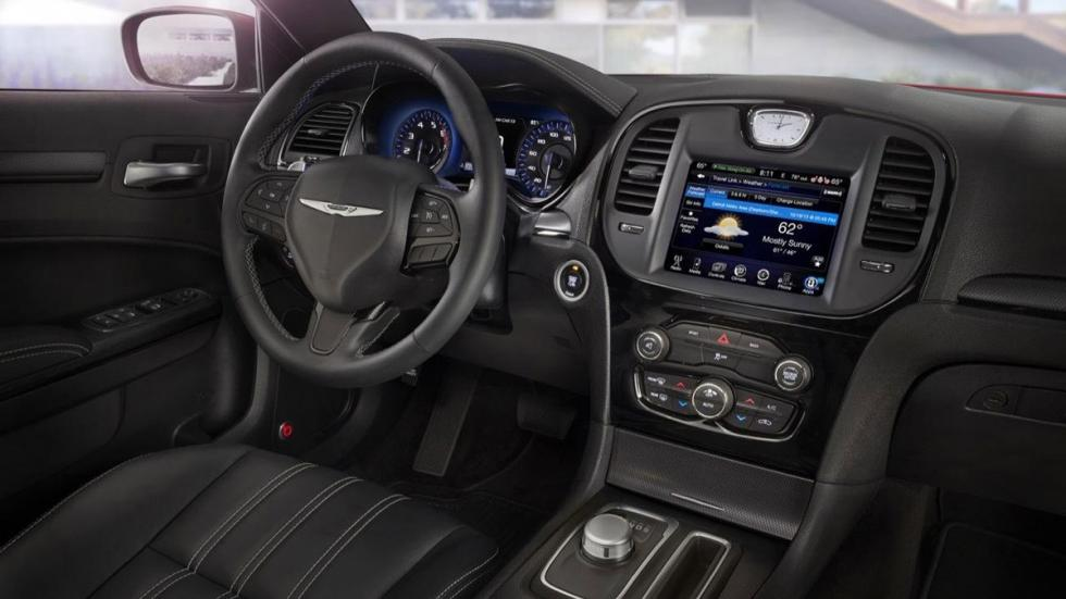 Chrysler 300 2015 interior
