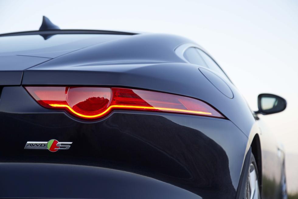 Jaguar F-Type 2015 3