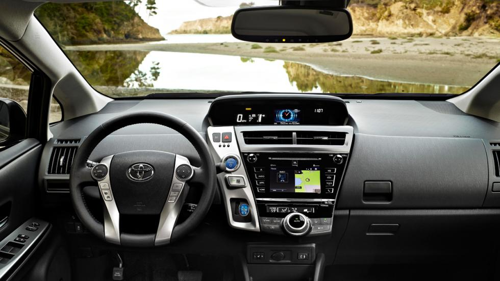 Toyota Prius v 2015 interior 2