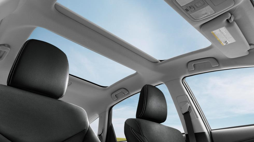 Toyota Prius v 2015 techo solar
