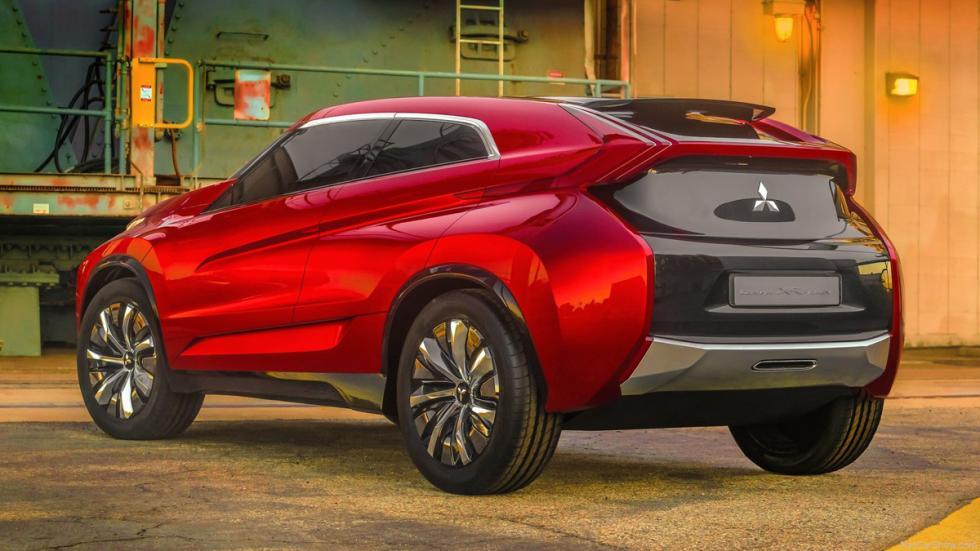 Mitsubishi XR-PHEV Concept - trasera