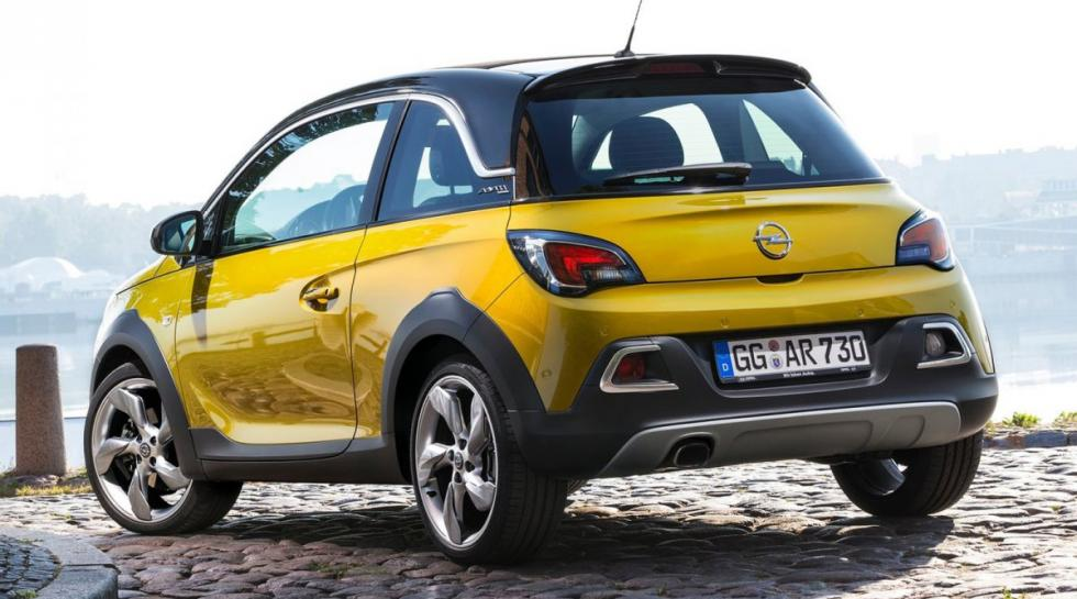 Opel Adam Rocks trasera
