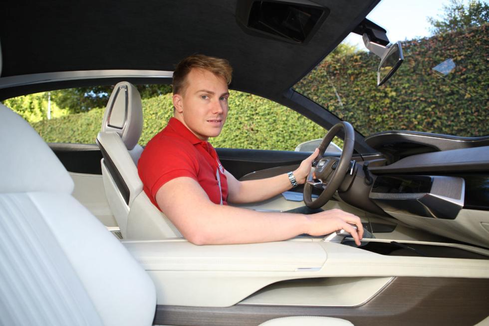 Audi prologue puesto de conducción