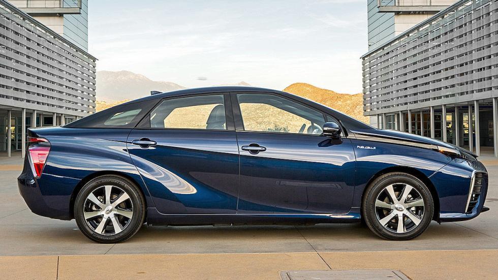 Toyota Mirai detalle lateral