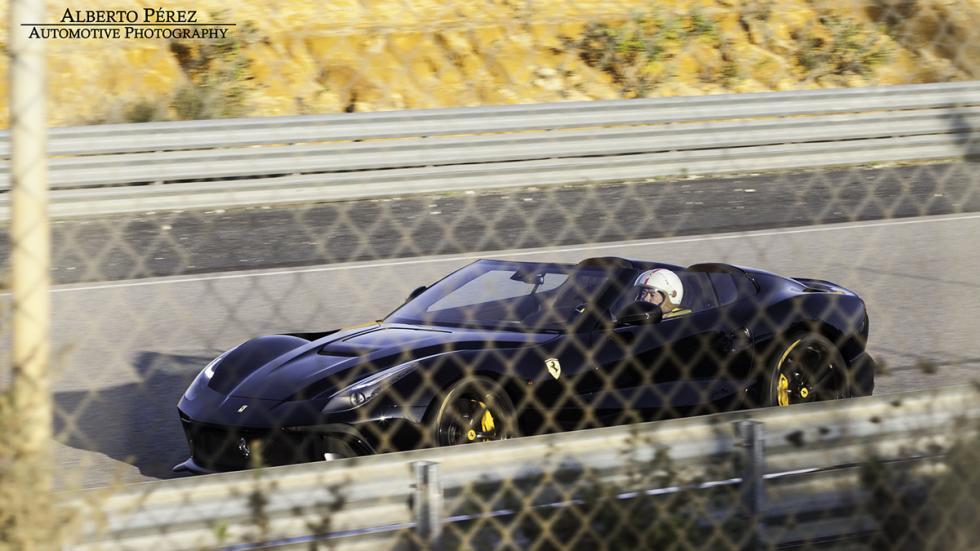 Ferrari F12 TRS negro