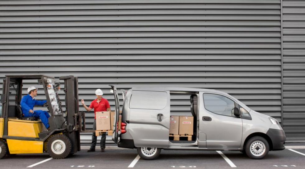 Nissan NV200 lateral