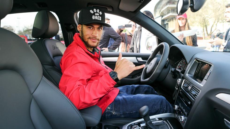 Neymar recibe Audi