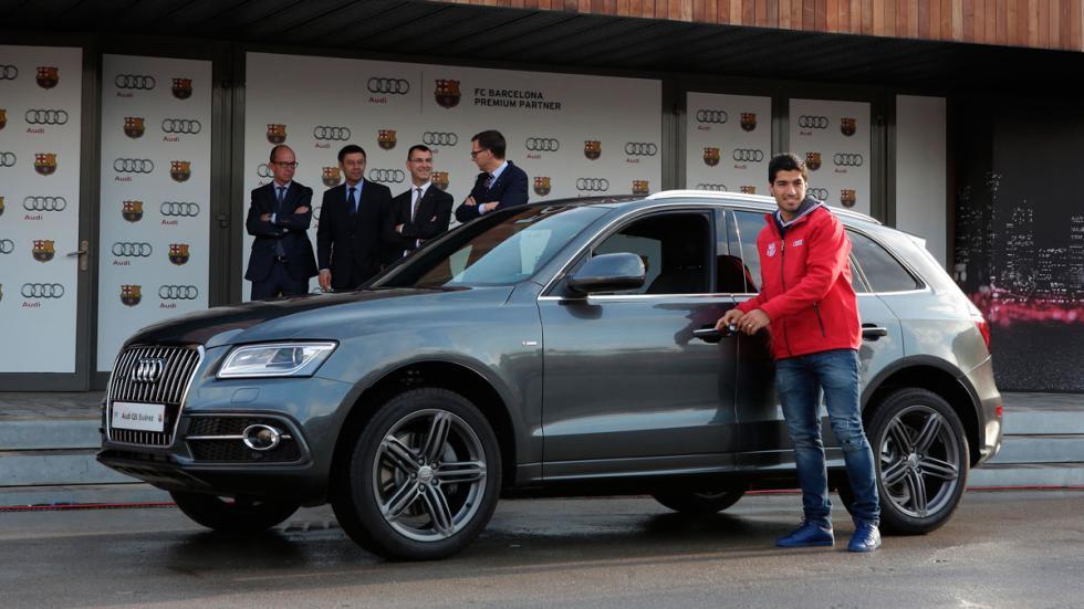 Luis Suarez recibe su Audi Q5