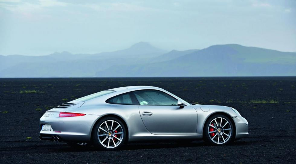 Porsche 911 Carrera trasera