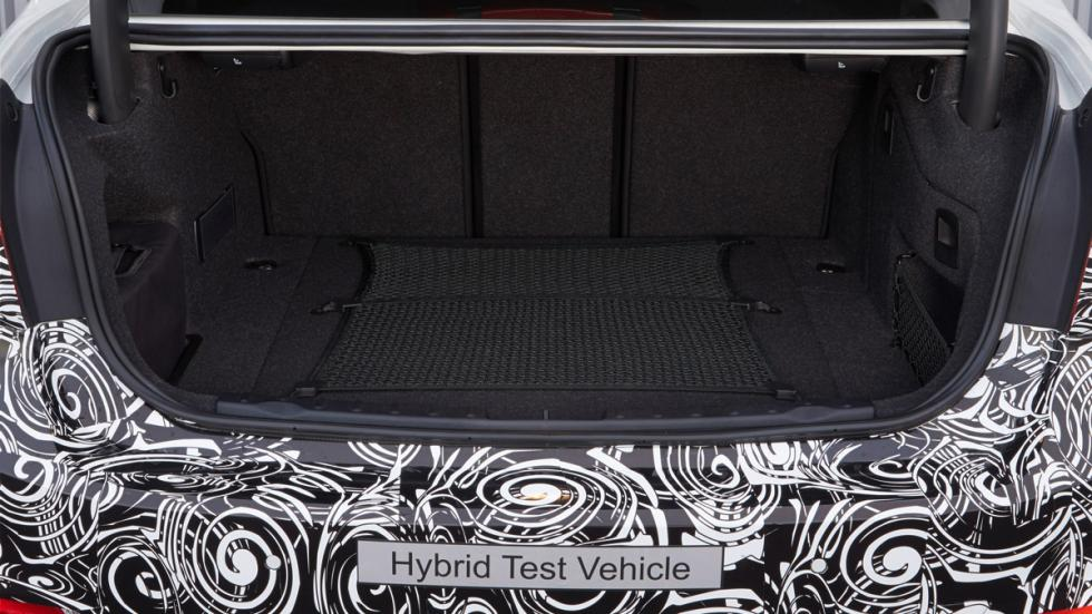 BMW Serie 3 Plug-in Hybrid - maletero