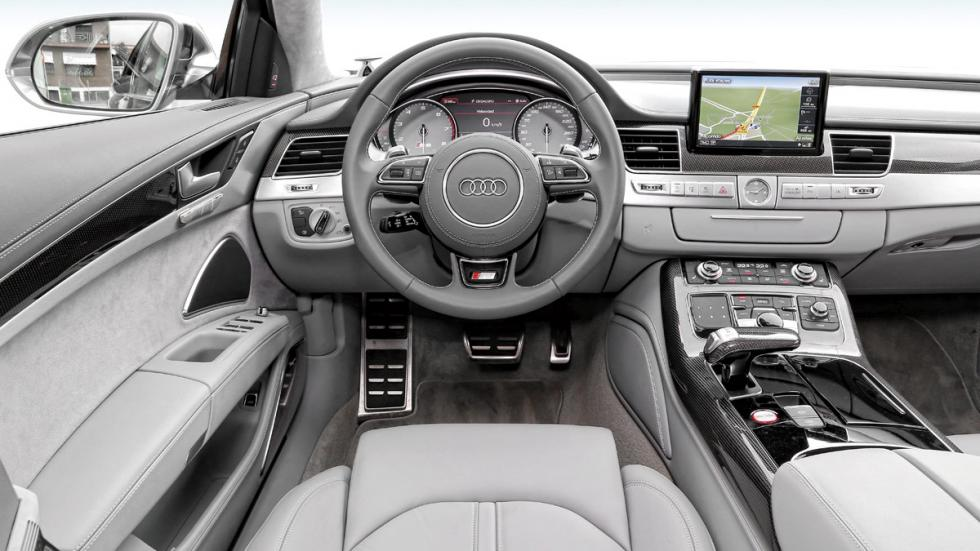 Audi-S8-salpicadero